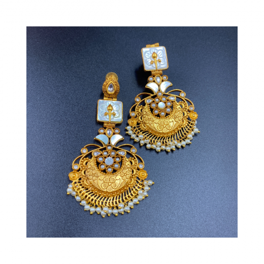 Fancy Gold Plated Earrings In Combination Of Mother Of Pearl And Kundan