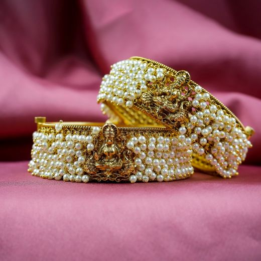 Laxmiji Idol With Moti Micro Gold Plated Antique Bangles
