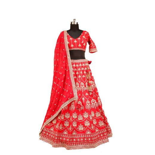 Gorgeous Embroidered Lehenga. Ideal For Engagement etc.